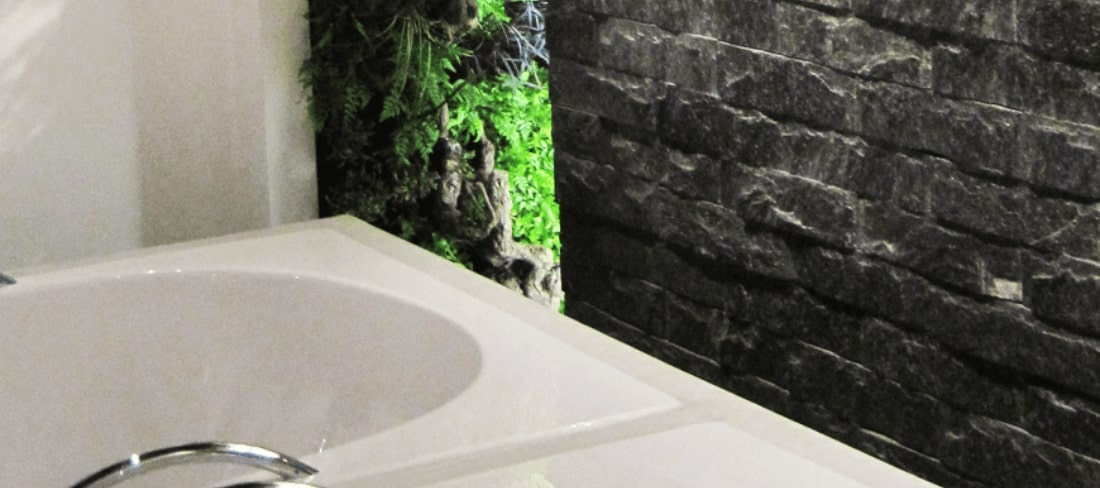 plantenwand badkamer hotel